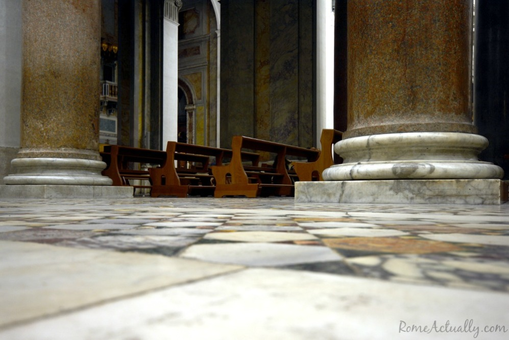 Pews to sit and kneel on for the Mass