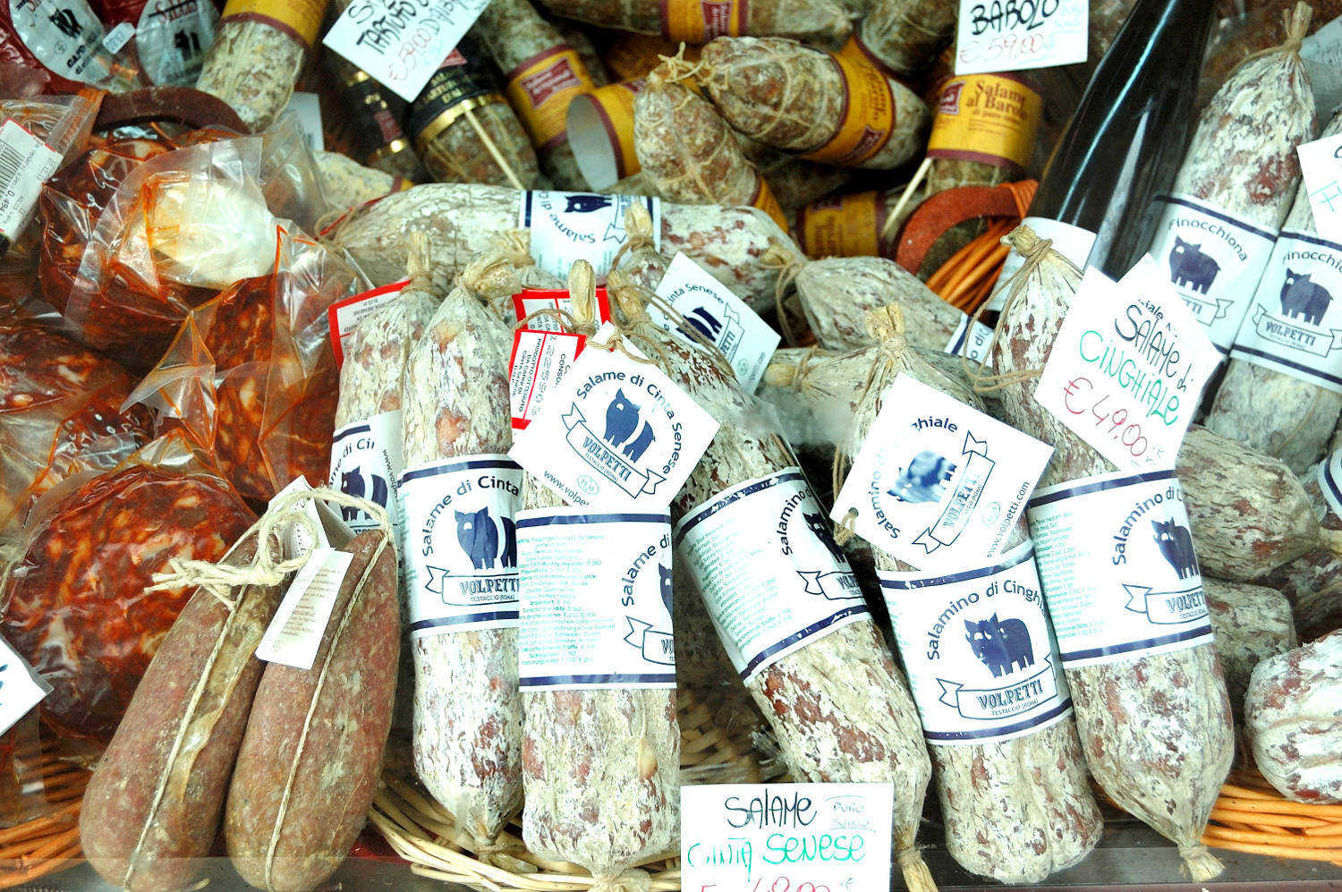 Salami and Italian cold cuts in food tours of rome
