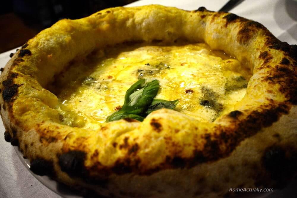best pizza in rome piccolo buco