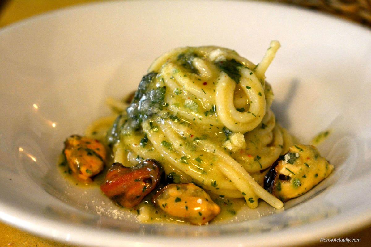 Image: pasta at best restaurants in rome