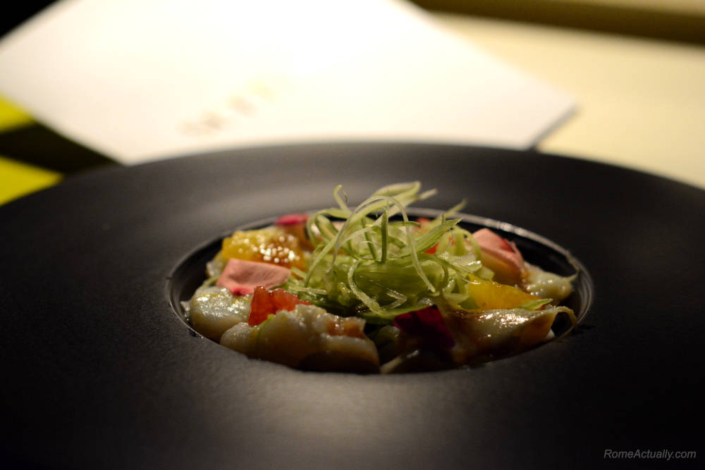 Image: Baccalà carpaccio as a starter for dinner at Settimo lounge restaurant