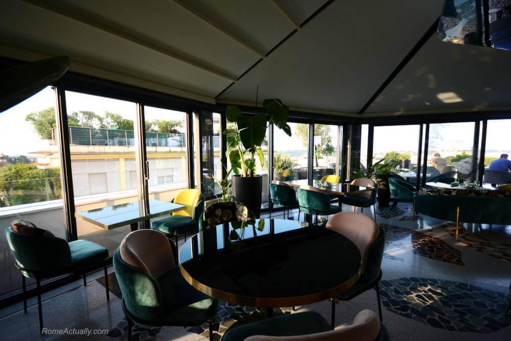 Image: Interior of Settimo restaurant at Sofitel Rome Villa Borghese Hotel