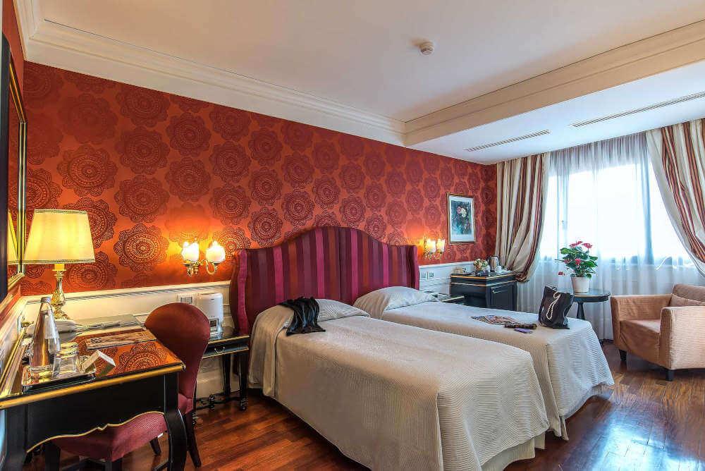 Image: Room of Albergo del Senato family-friendly hotel in Rome city center