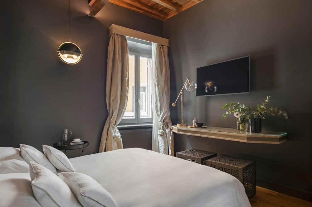 Image: Room at Crossing Condotti romantic hotel in Rome