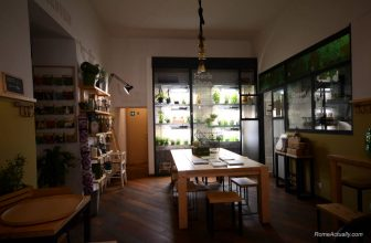 Aromaticus, Green And Delicious Restaurant In Trastevere
